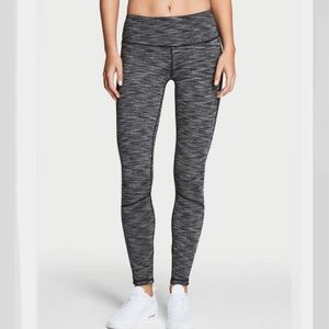 Victoria Sport Knockout Tight Leggings Size S